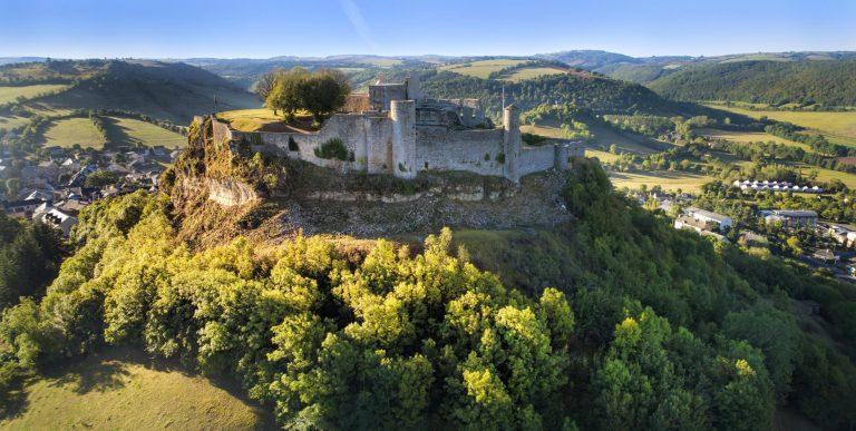 Remparts nord du Château de Sévérac © Florent DELTORT